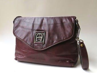 60s/70s vintage Etienne Aigner Handmade Dark Burgundy Leather Purse / Equestrian Preppy Boho Indie Hipster Burgundy Leather Purse