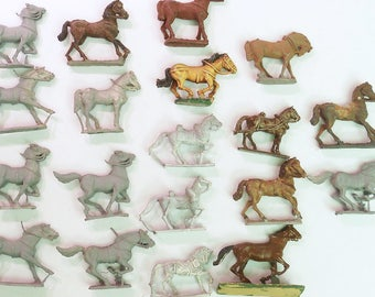 Vintage Cast Metal Horses lot of 19 Military Army toy soldier military horses