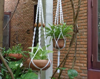 Two pieces of the Plant Hanger 'Classic Set''