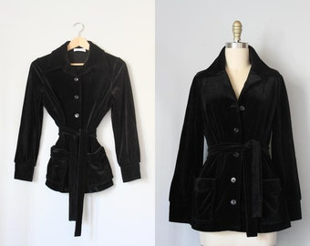 vintage Séance Party velvet jacket / 1970s black velvet jacket / belted Butte Knit jacket