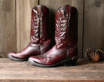 Cowboy Western Boots Vintage Boots Size 7.5 D Men 9 Women Ranch Boots Riding Boot Burgandy Vintage From Nowvintage On Etsy Color Sage Brand