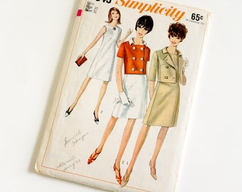 Vintage 1960s Womens Size 10 Dress and Jacket Simplicity Sewing Pattern 6349 Complete / bust 31 waist 24 / Sleeveless Princess Dress