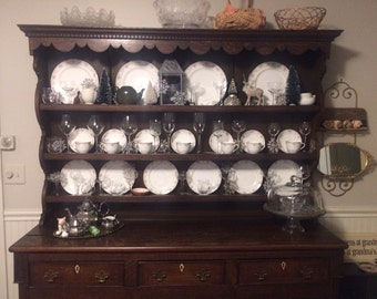 1800s British Isles / Welsh Cupboard and Dresser