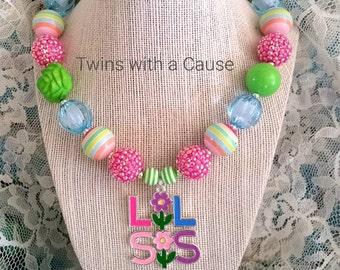 Little Sister Necklace,Lil Sis Big Sis necklace,Big Sis Chunky Necklace Sister Necklace,Necklace,Chunky bead necklace,
