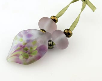 Lampwork Glass Leaves with Spacer Beads Matte Etched Lavender, SRA