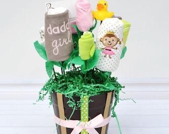 Newborn Girl Shower Gift, Newborn Girl Outfit, New Mom Gift Basket, Girl Newborn Gift Set, Girl Baby Bouquet, Baby Blossom, Baby Niece Gift
