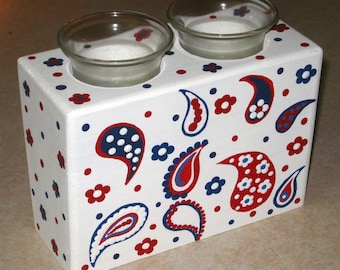 SALE!- SALE! - Was 15.00 - Now 10.00 - 4th of July - ReD, WHiTE & BLuE PAiSLEY - Double Wooden Candleholder w/glass inserts - Hd Painted