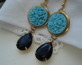 Vintage Art Deco Carved Turquoise Celluloid and Black Onyx Faceted Glass Teardrops Gold Earrings