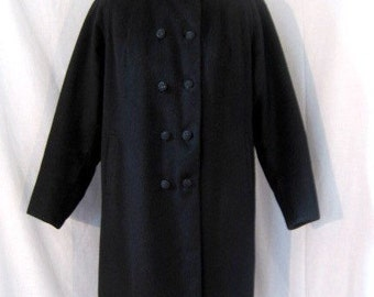 CLEARANCE SALE  1960s Bromleigh charcoal grey wool coat with velvet collar. Double breasted. Medium. Beautiful condition.
