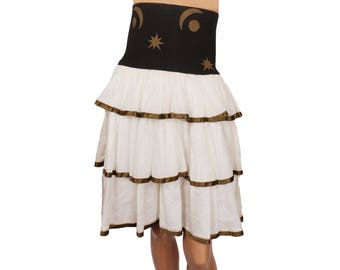 Vintage 1980s White and Black Tiered Skirt with Elasticized Band - Moon and Stars - S
