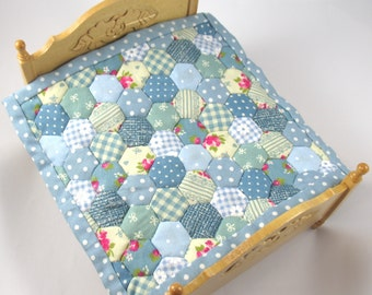 Dollhouse Miniature Patchwork Quilt in 12th Scale - Blue
