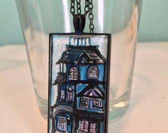 Old Vintage New Orleans House Pendant Necklace in Black