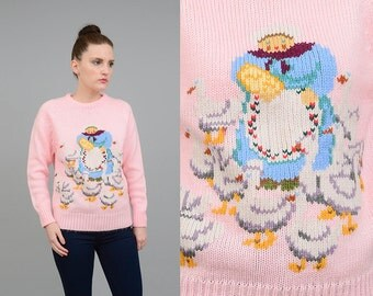 Vintage 70s Pink NOVELTY Sweater Lady + Ducks Kawaii Top Acrylic Knit Pullover Jumper Small Medium S M