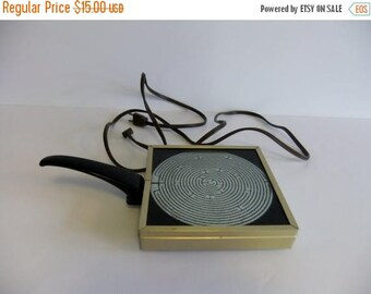 50% off Sale ON SALE Vintage Hot plate, Pyrex warming tray, Corning Glass works