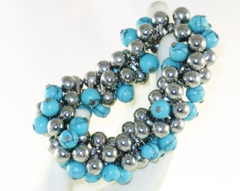 Vintage Silver Tone and Turquoise Beaded Cha Cha Stretch Bracelet (BR-2-3)