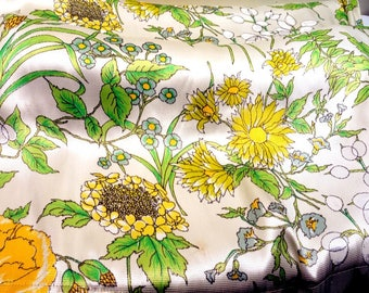 Mid Century Yellow White and Greens Summer/Spring Vintage Drapes Set of 4