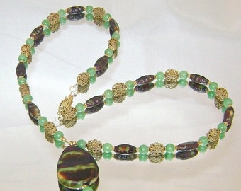 ON SALE Vintage Glass Necklace. Jade Green and Brown Art Glass Vintage Necklace