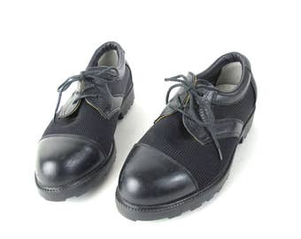 90s Vintage Womens Golf Shoes Lace Up Oxfords Cape Toe Mesh Shoes Treaded Soles Loafers Tie Shoes Black Leather Brogues Size 5.5 6