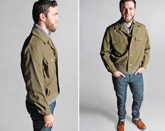 Vintage Men's Military Jacket - Mint Condition Coat Outerwear 1960's 1970's Army Bomber Short Menswear Olive Green - Size Medium