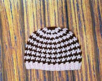 Crocheted Baby Girl Houndstooth Hat 0-3 Months