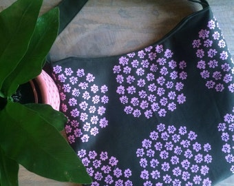 Floral Messenger Bag made with Marimekko Fabric , shoulder bag , cross body bag, Pukhetti Fabric