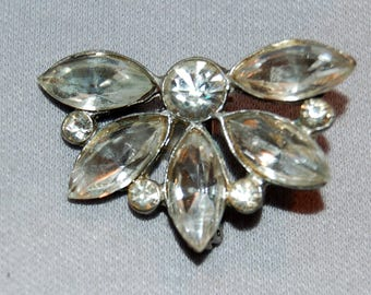 Vintage / Clear / Brooch / Rhinestone / Bee / Wasp / Bug / Insect  /  old / jewelry / jewellery