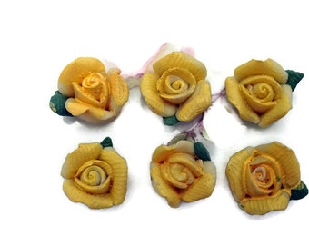 Porcelain flowers,Vintage Flower Cabochons,Porcelain Roses,jewelry supplies,Rose Buds Flowers Floral Yellow roses #1358