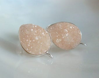 15x10mm, Natural light peach sand Tear Drop Druzy Drusy Crystal Sterling Silver Ear Post and ear nuts, s29
