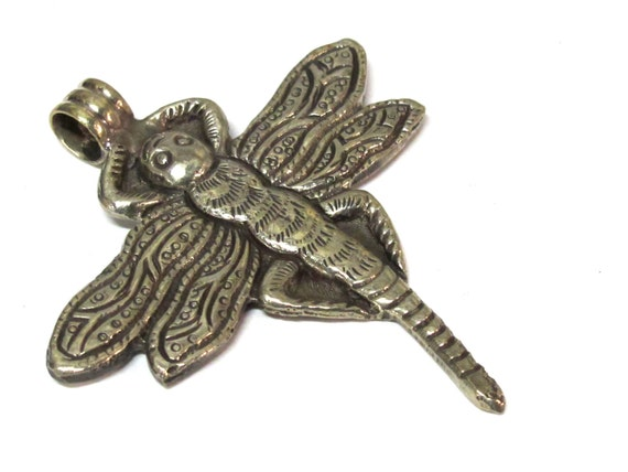 1 Pendant - Tibetan silver carved Dragonfly pendant with reverse side flower carving repousse - PM346D