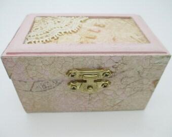 Shabby Chic Wooden Trinket Box - Small Keepsake Box - Wood Jewelry Box