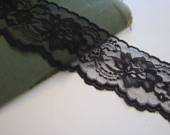 10 yards vintage LACE trim - BLACK lace, wide floral lace, flat lace - 2.75 inches wide