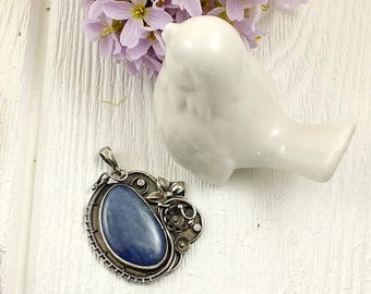 Retro metalwork necklace, gemstone fine necklace, romantic wire wrap jewelry, sterling silver jewelry, flower necklace, blue kyanite jewelry