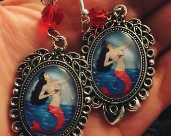 La loteria La Sirena hook earrings