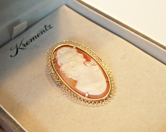 Krementz Carved Shell Cameo Pin Pendant Brooch Gold Filled Original Box Vintage