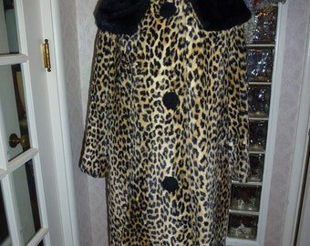 Vintage 60s 1960s Faux Leopard Coat Faux Mink Shawl Collar Quilted Lining Swing Coat L Large