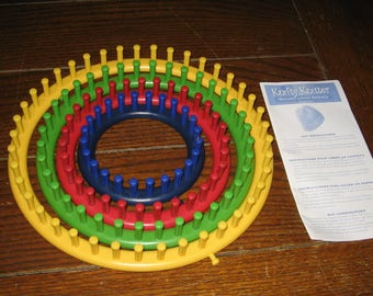 Provo Craft KNIFTY KNITTER Round Loom Series 4 Loom Set
