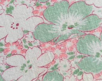 Vintage Feedsack Fabric - 1940's - Mint Green Pink and White Floral- Novelty- Full Sack