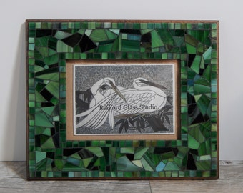"""Stained Glass Scrap Mosaic Picture Frame 5"""" x 7"""" Green"""