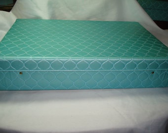 1950s Turquoise Quilted Night Gown Lingerie Storage Box.