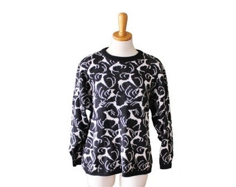 50% half off sale // Vintage 80s REINDEER Sweater - Holiday Christmas Jumper - Women M L - Black and White