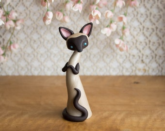 Seal Point Siamese Cat Sculpture by Bonjour Poupette