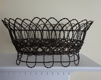 French Style Wire Planter with Metal Insert