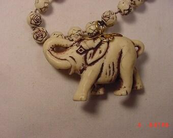 Vintage Elephant Necklace  16 - 744