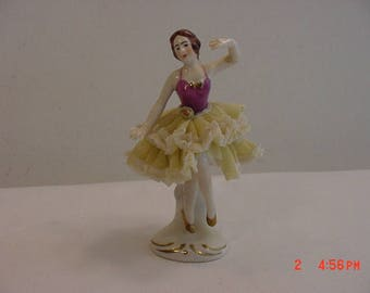 Vintage Ballerina Figurine Marked  17 - 630