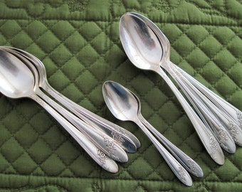 10 Vintage Oneida Community Tudor Plate Silverplate (8) Teaspoons Plus (2) Demitasse Spoons Queen Bess II Pattern Circa 1940's