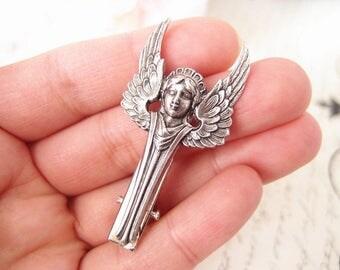 Winged angel Aligator Clip-aged brass-goth-medieval-shabby chic-steampunk-mythology V016