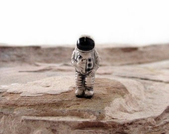 Tiny Astronaut Peruvian Ceramic Beads