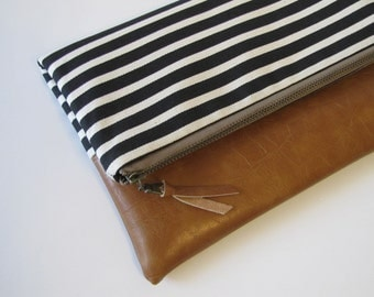 Foldover Clutch, Vegan Leather Clutch Bag, Modern Black Clutch Purse, Ipad Kindle Case, Winter, Fall Clutch, Bridesmaid Gift, Gift for Her