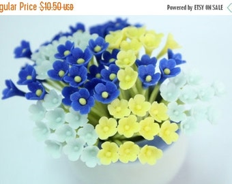 Miniature Polymer Clay Flowers Supplies for Dollhouse, set of 30 stems, three tones, Light Blue, Blue and Yellow