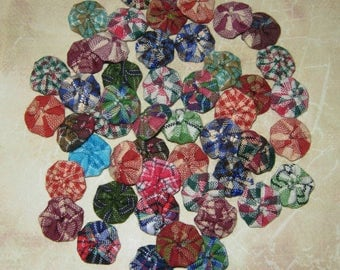 "Fabric YoYos, 50 Miniatures, Homespun Fabrics,  1/2"" Size, Craffting, Embellishments, Appliques"